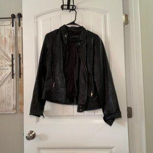 Bernardo Black size L Leather Jacket